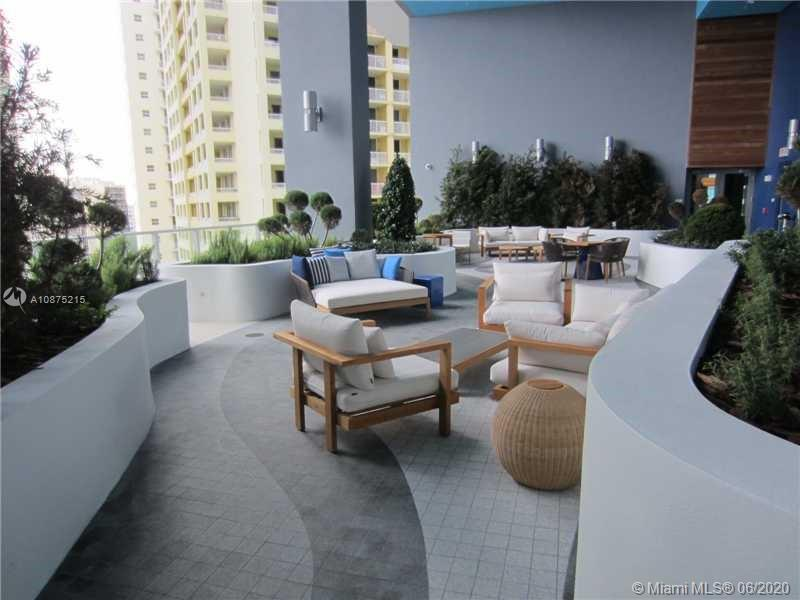 1300 Brickell Bay Dr #2511 photo017