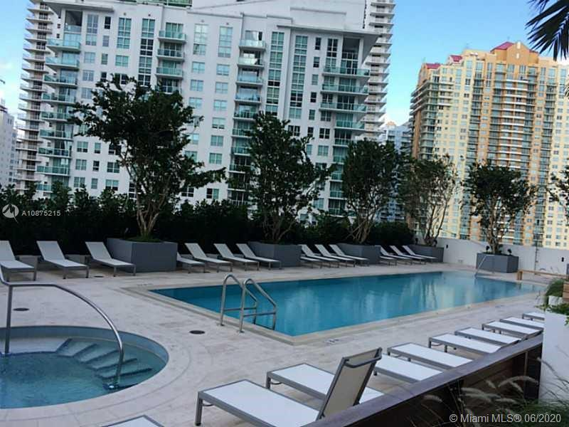1300 Brickell Bay Dr #2511 photo026
