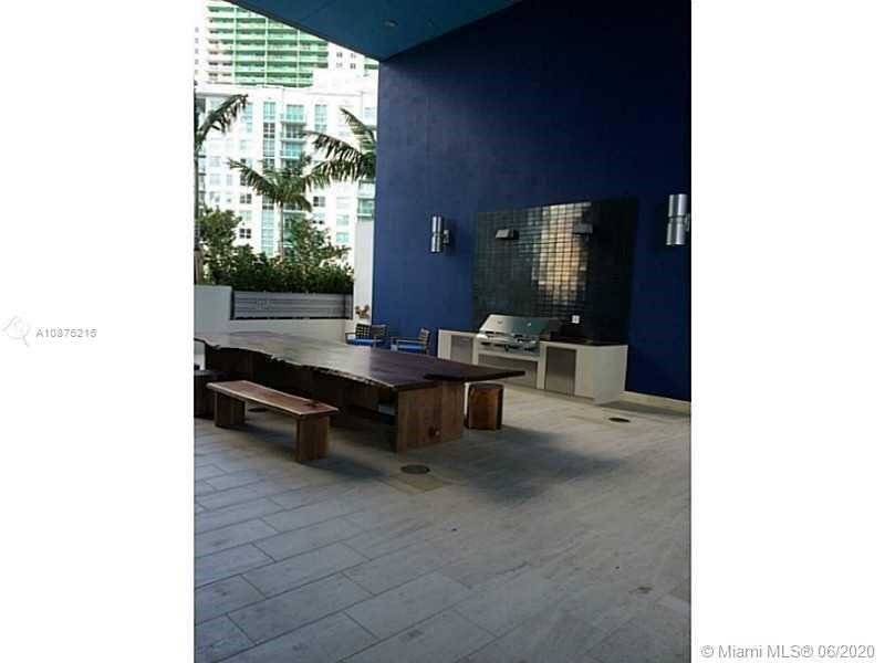 1300 Brickell Bay Dr #2511 photo020
