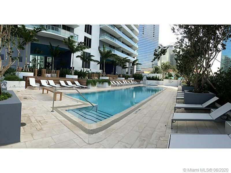 1300 Brickell Bay Dr #2511 photo025