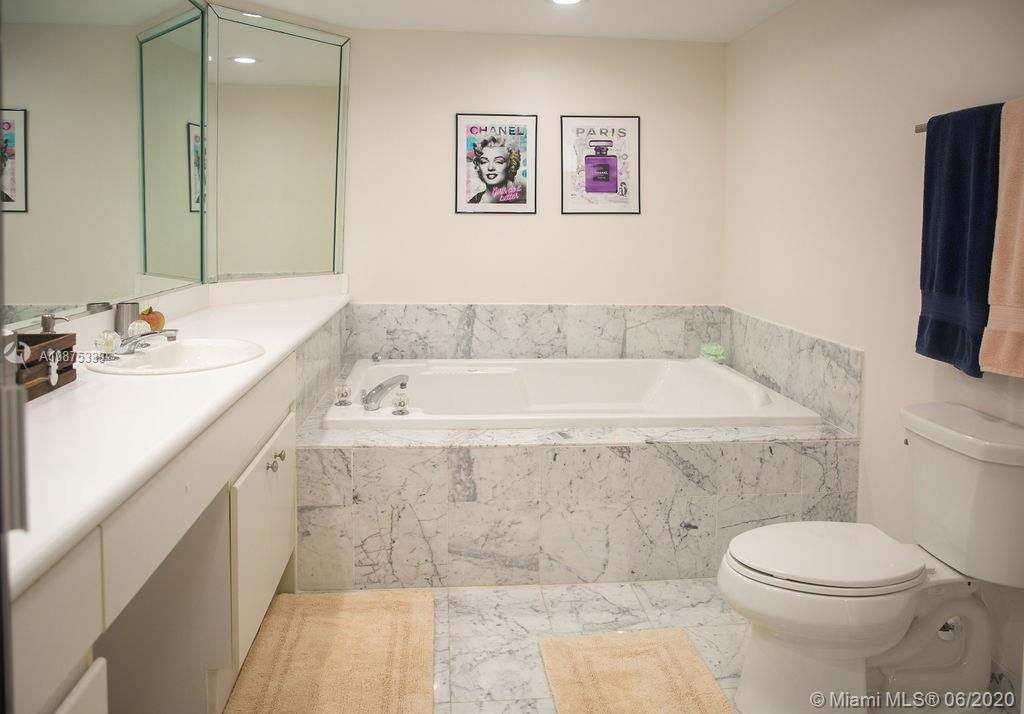 16400 Collins Ave #1442 photo018