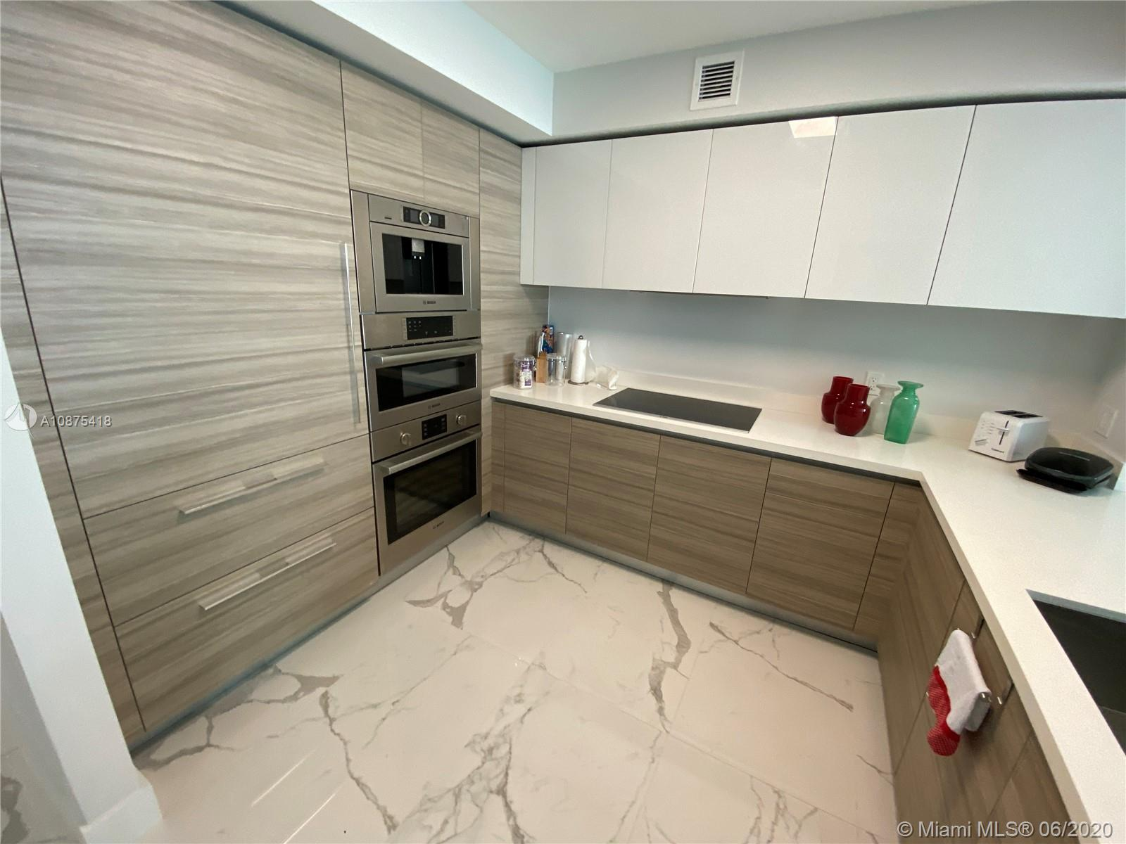 300 Sunny Isles Bvd #1204 photo09