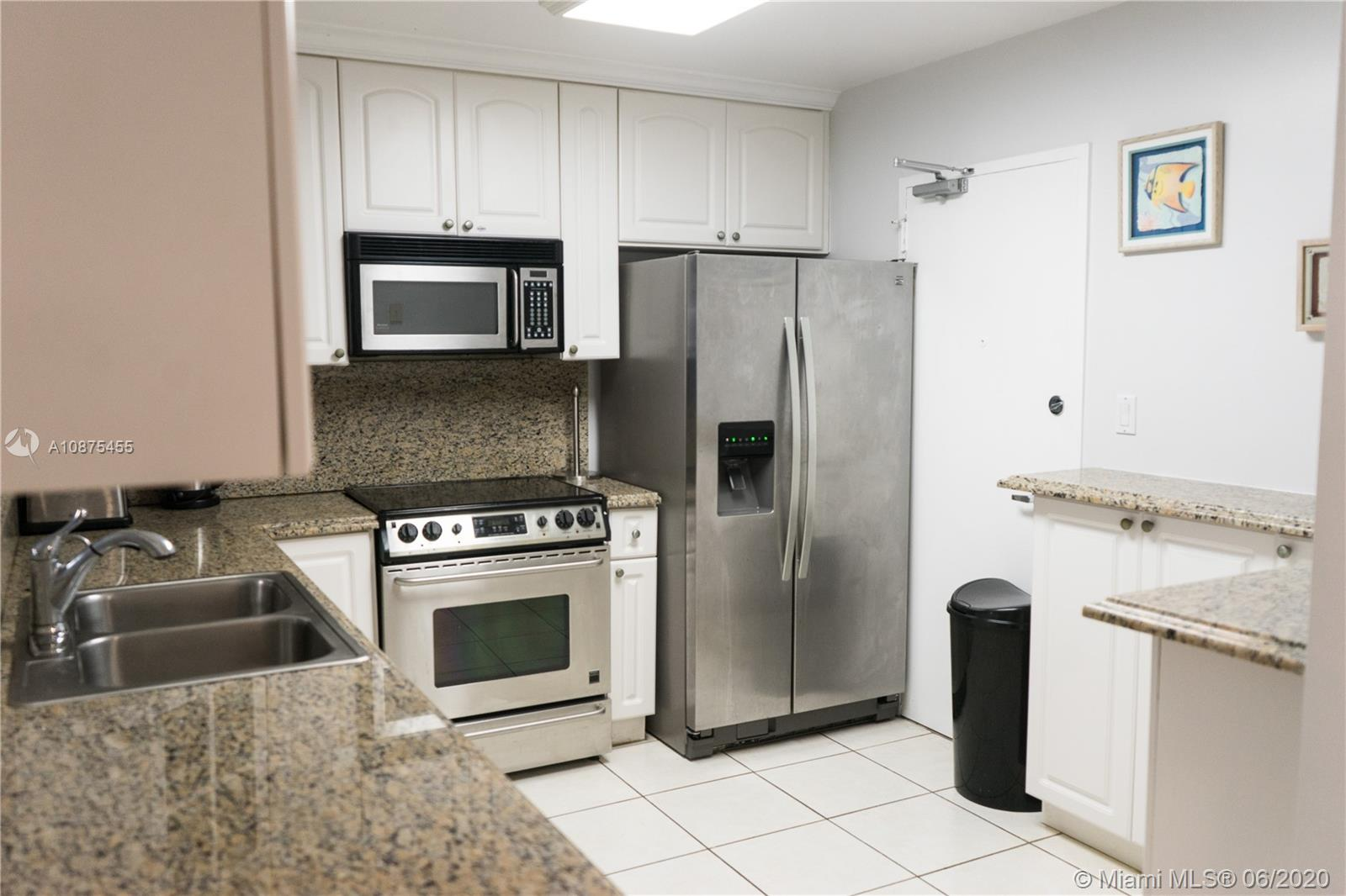 5151 Collins Ave #930 photo08