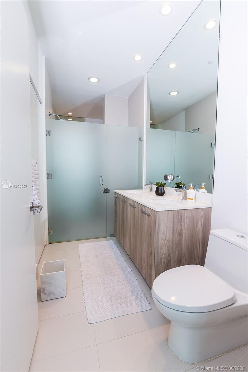 Photo of 501 NE 31st St #205 listing for Sale