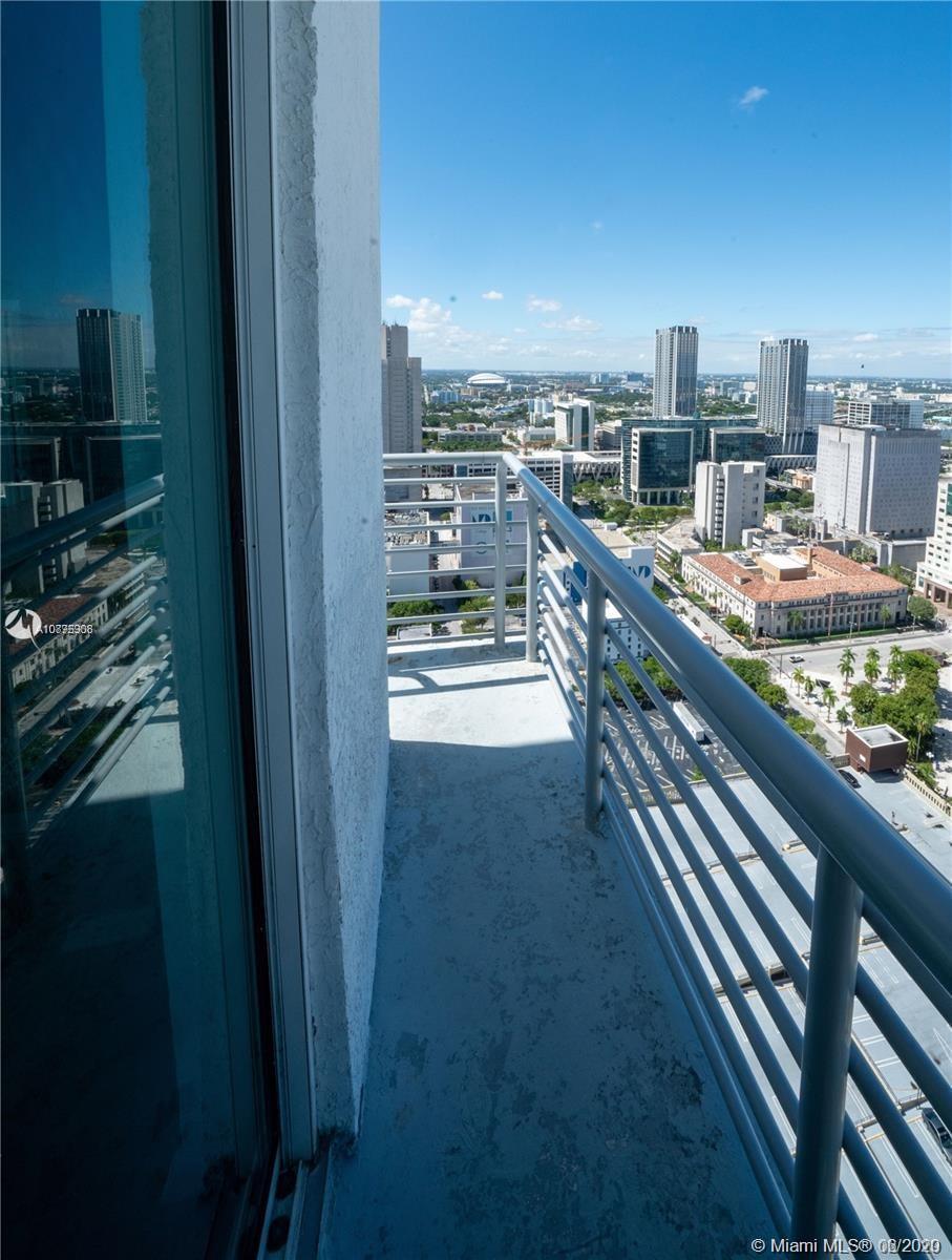 Loft Downtown II #LP13 - 20 - photo
