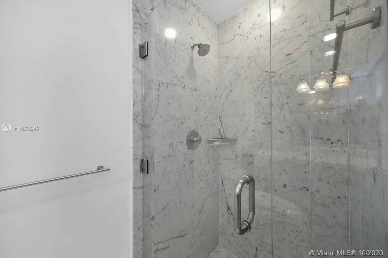 Bath Club #807 - 35 - photo