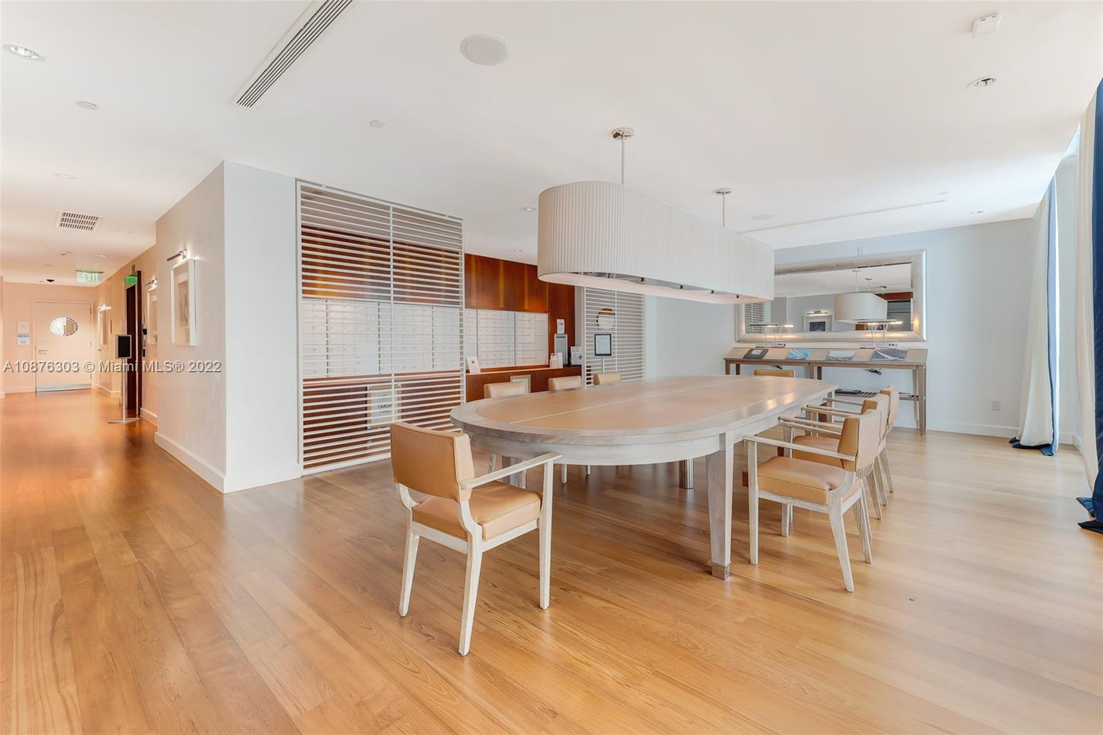 Photo of 2627 S Bayshore Dr #504 listing for Sale