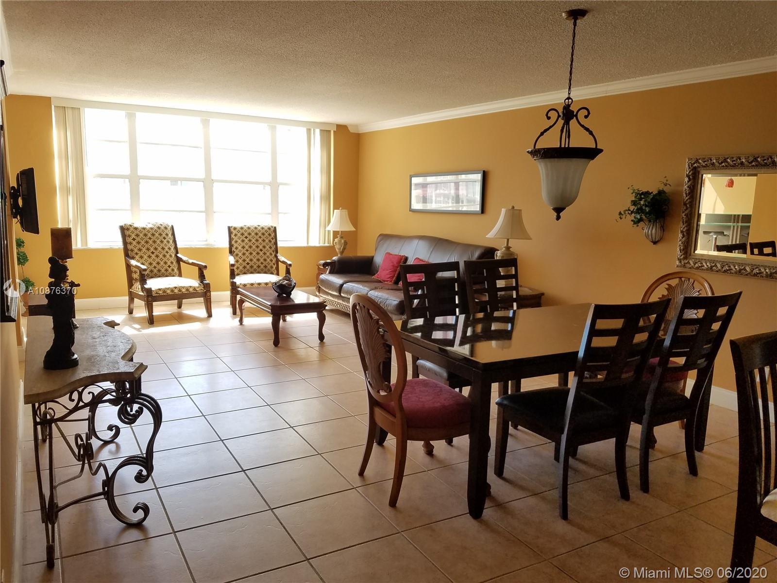 Carriage House #230 - 5401 Collins Ave #230, Miami Beach, FL 33140