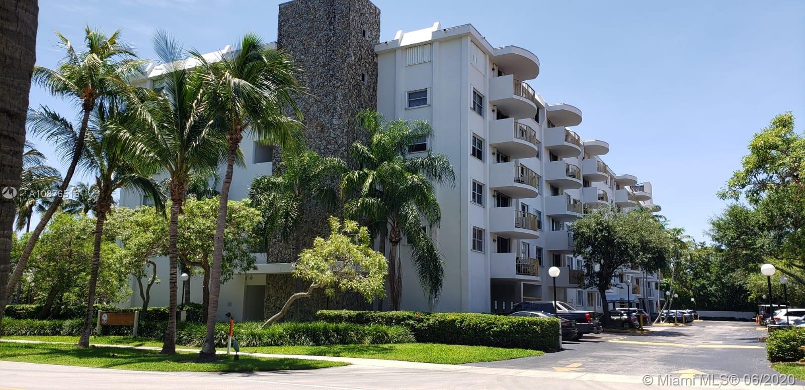 Cape Florida Club #510 - 01 - photo