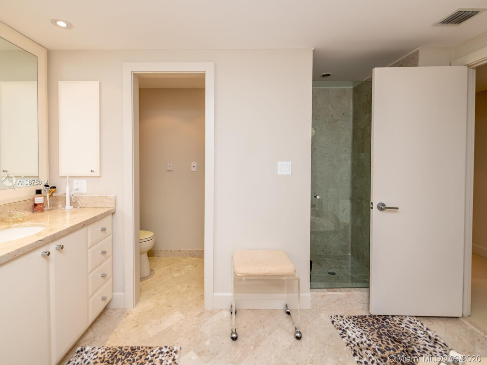10205 Collins Ave #1009 photo048