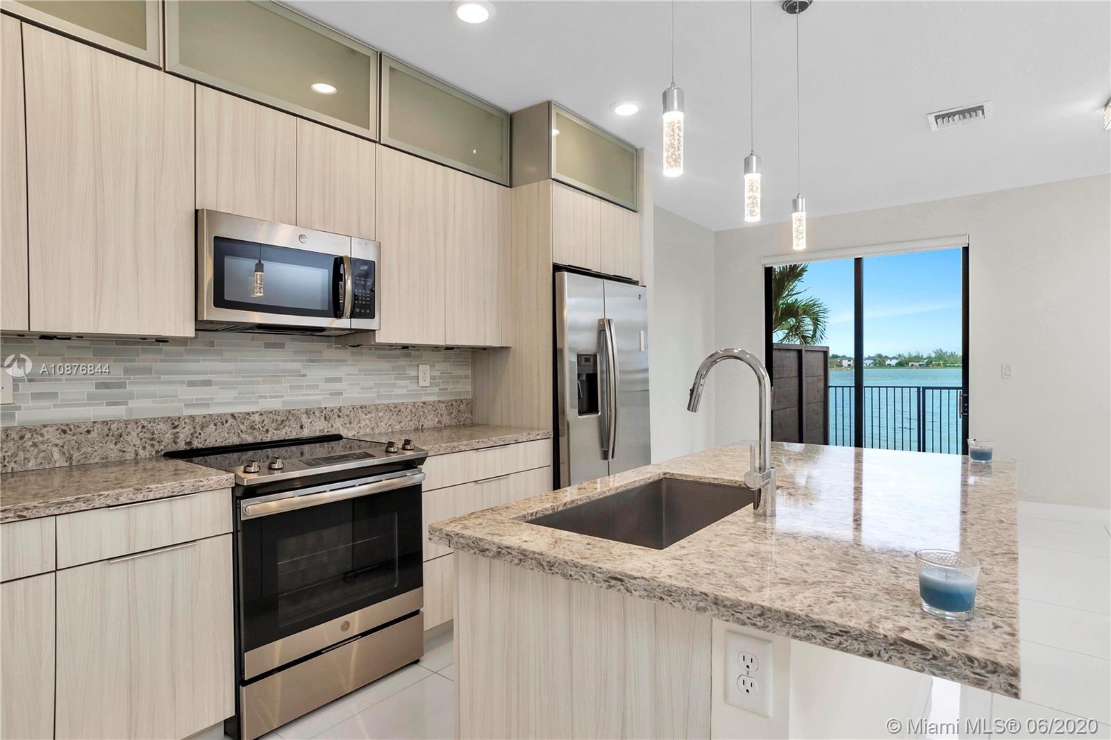 Miami Lakes #15839 - 05 - photo