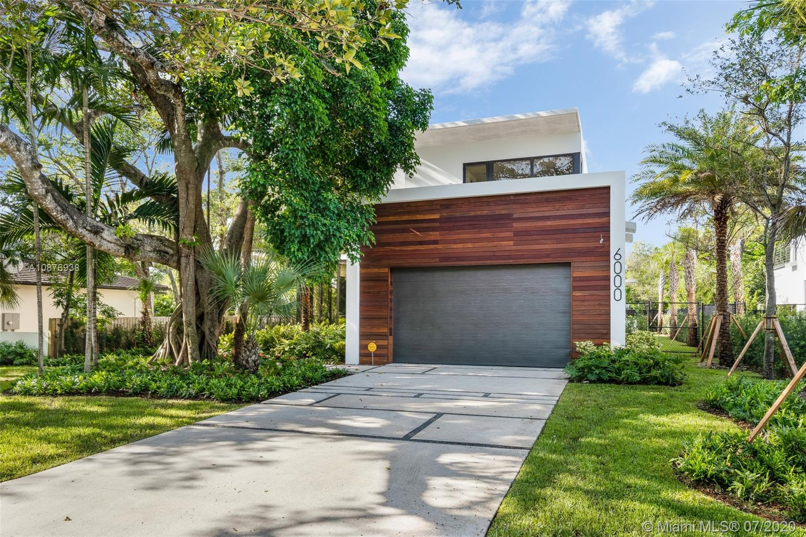 Palm Miami Heights # - 03 - photo