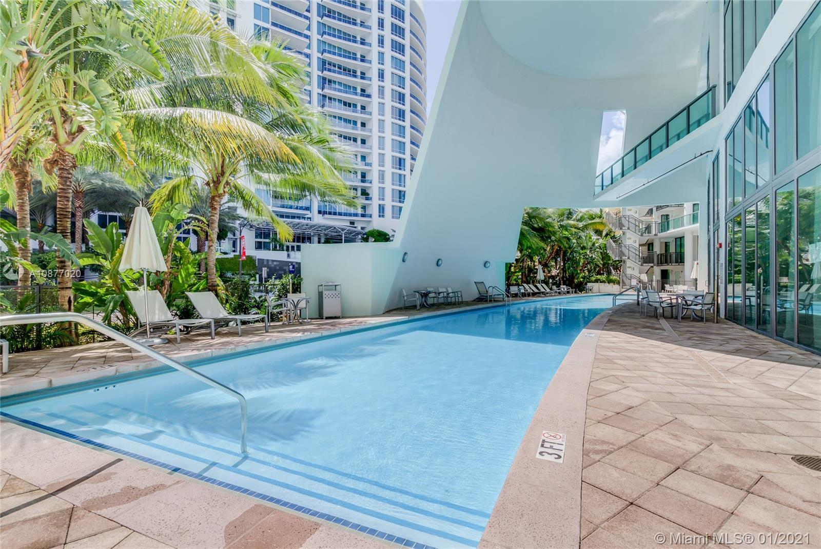 6000 Collins Ave #519 photo030