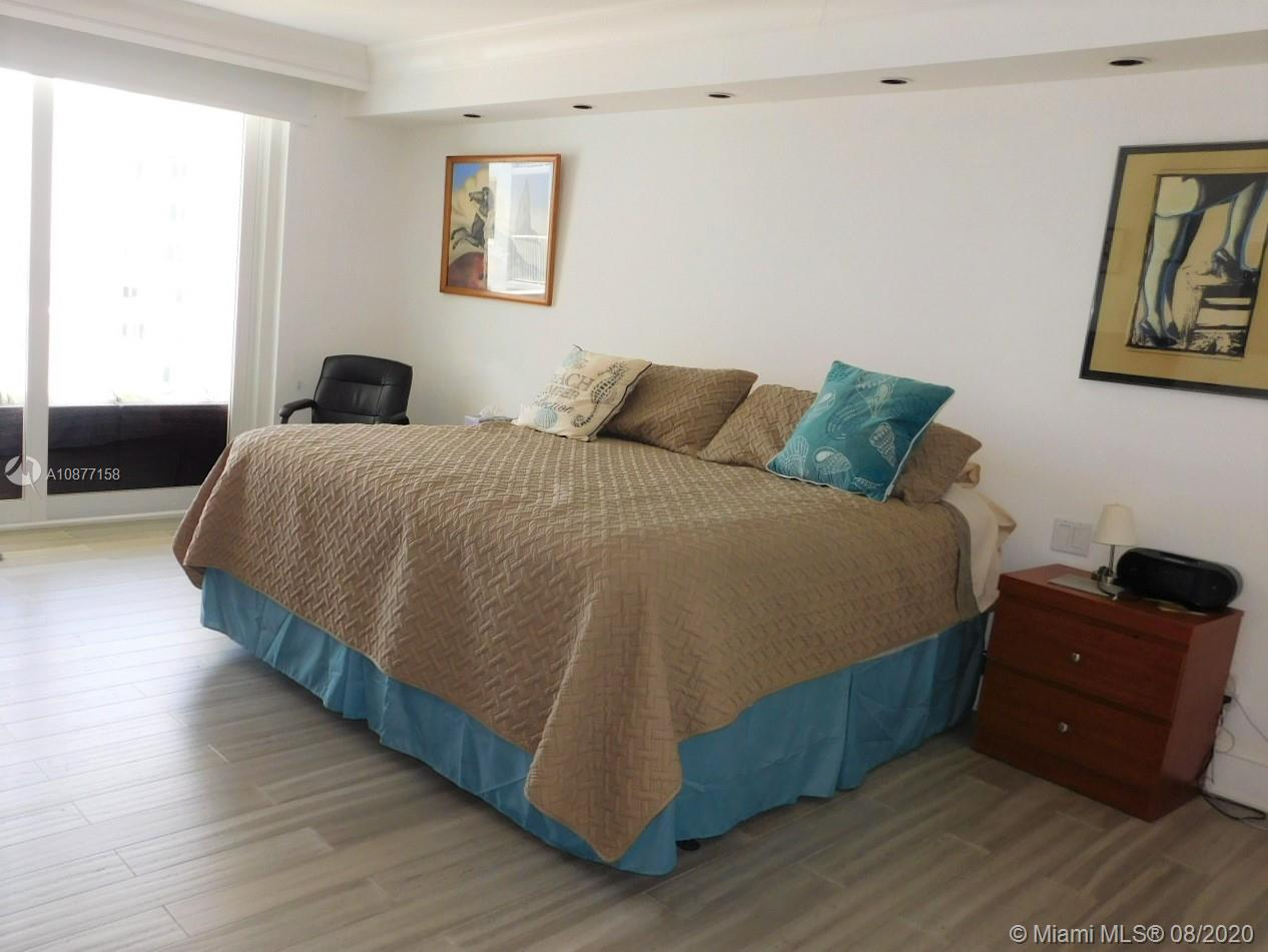 5401 Collins Ave #828 photo013