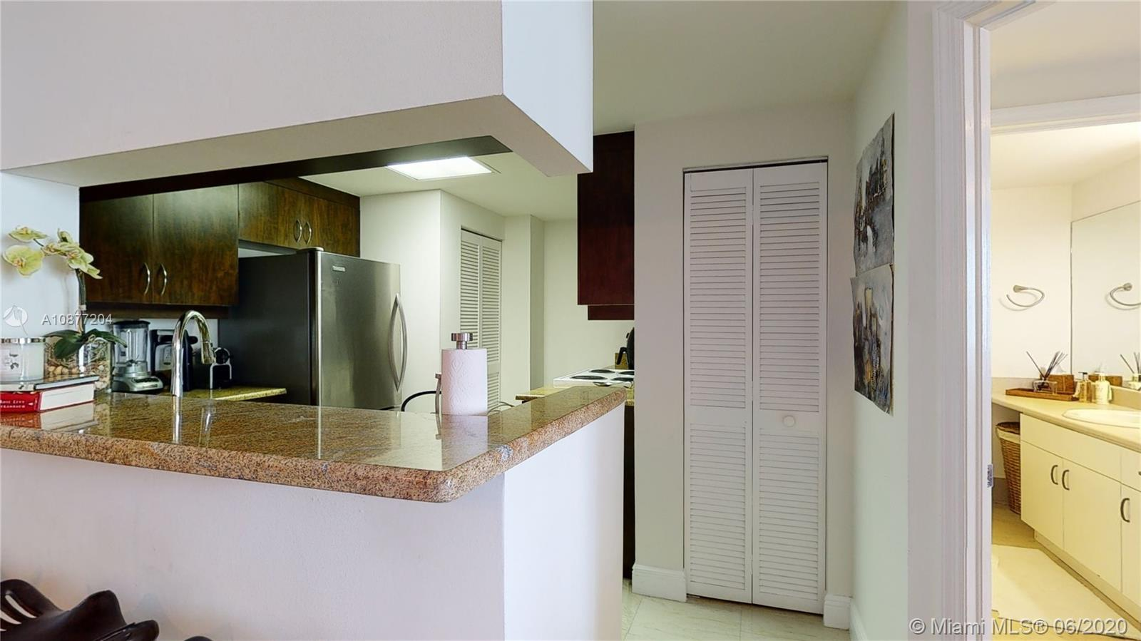 701 Brickell Key Blvd #1606 photo036