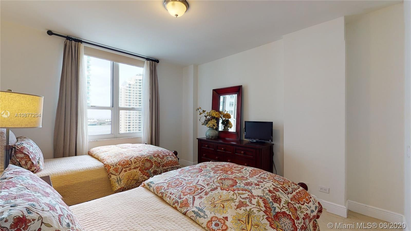 701 Brickell Key Blvd #1606 photo024