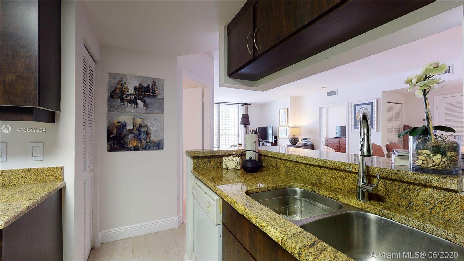 701 Brickell Key Blvd #1606 photo034