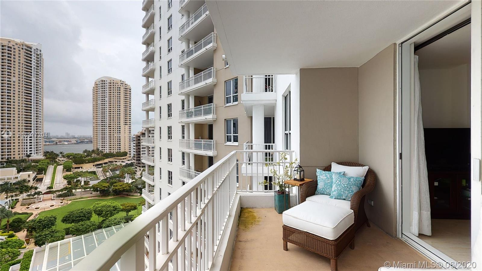701 Brickell Key Blvd #1606 photo029