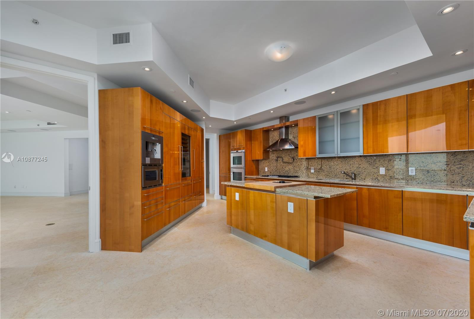 16051 Collins Ave #3304 photo09