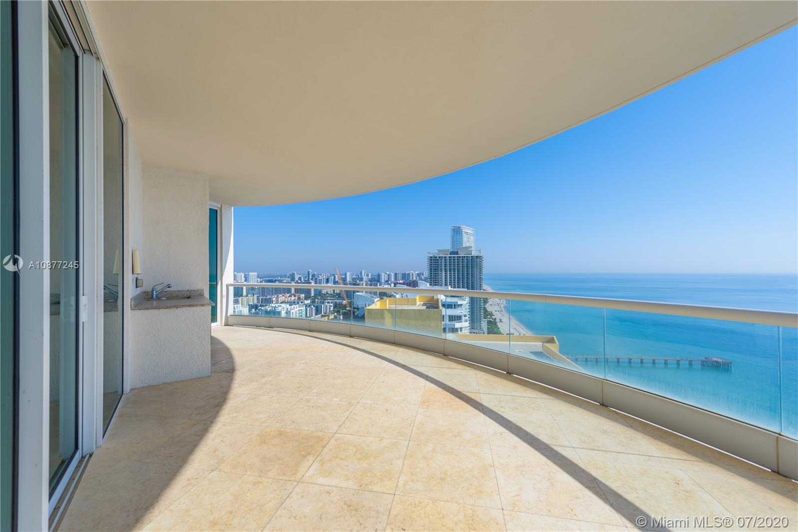 16051 Collins Ave #3304 photo04