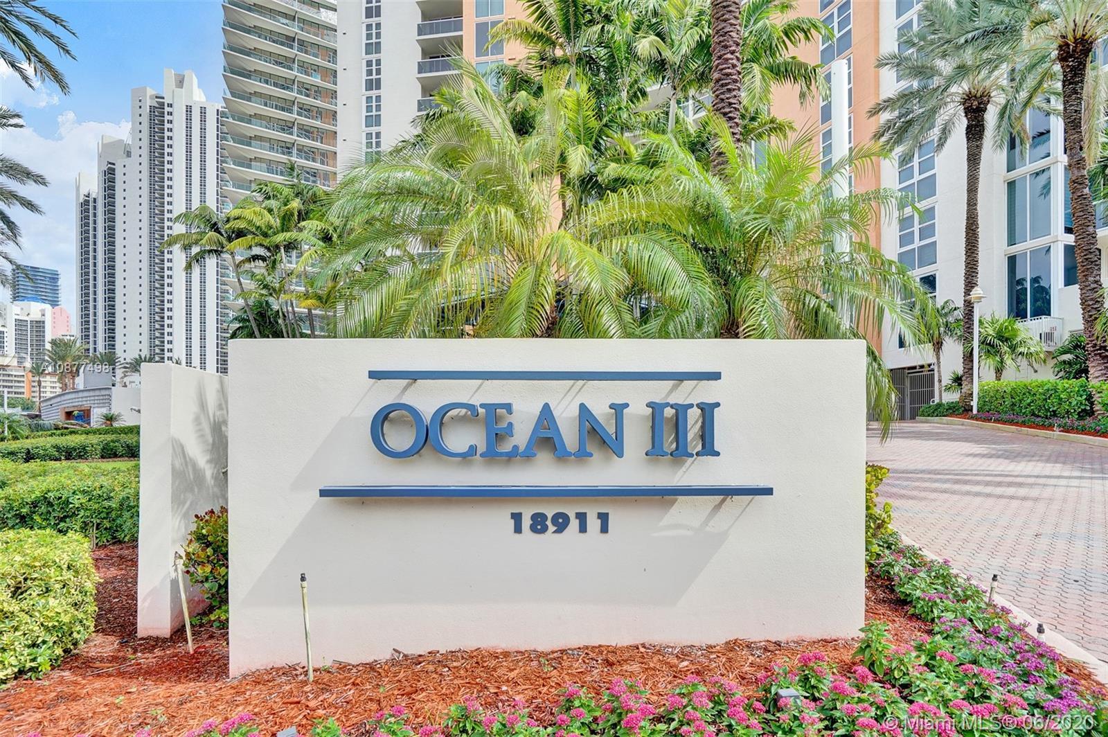 Ocean three #2102 - 03 - photo