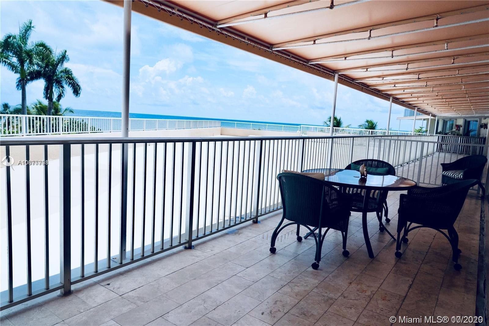 Mar Azul #3CN - 600 Grapetree Dr #3CN, Key Biscayne, FL 33149