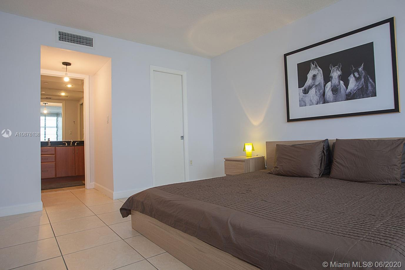 6917 Collins Ave #624 photo011