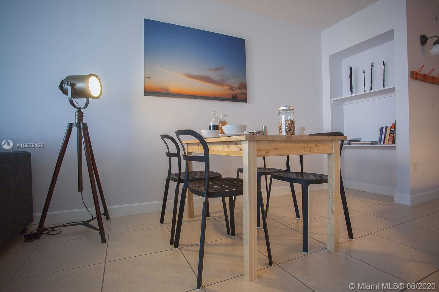 6917 Collins Ave #624 photo08