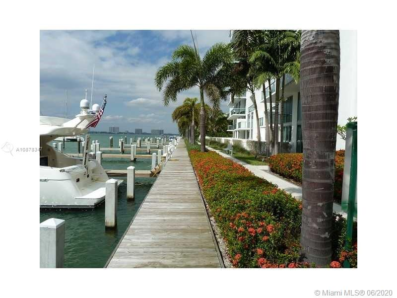 Eloquence on the Bay #306 - 05 - photo