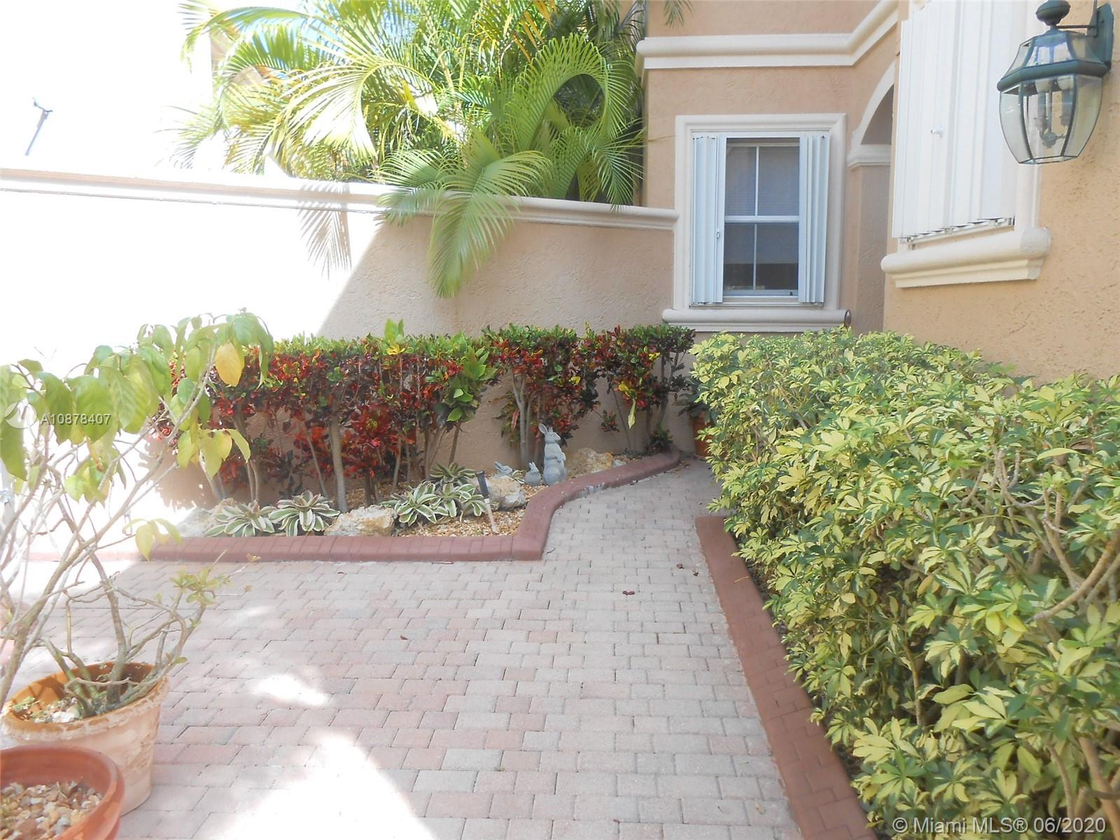 Photo of 1435 Breakwater Ter # listing for Sale