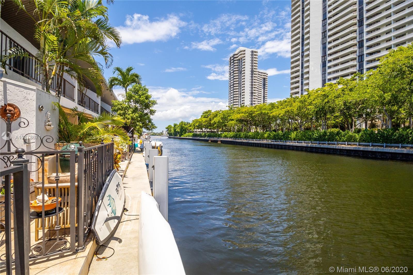 North Miami Beach #M - 02 - photo