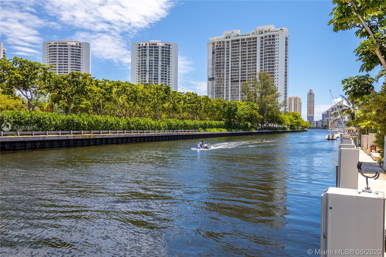 North Miami Beach #M - 03 - photo