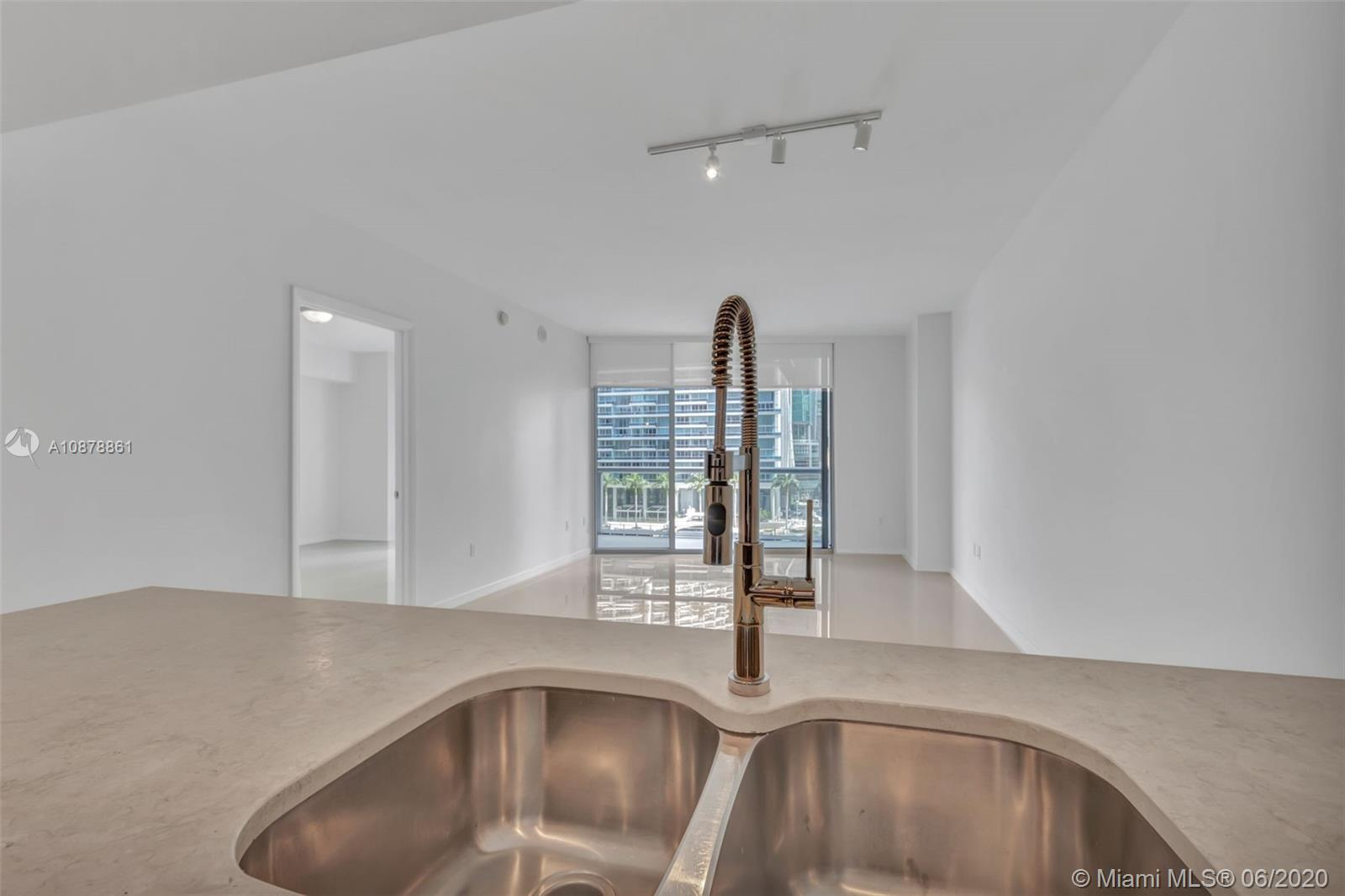 Photo of 475 Brickell Ave #614 listing for Sale