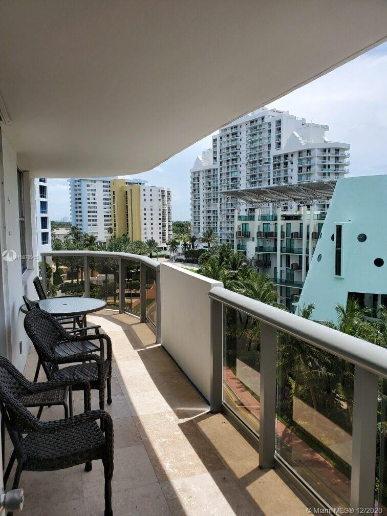 Maison Grande #728 - 6039 Collins Ave #728, Miami Beach, FL 33140