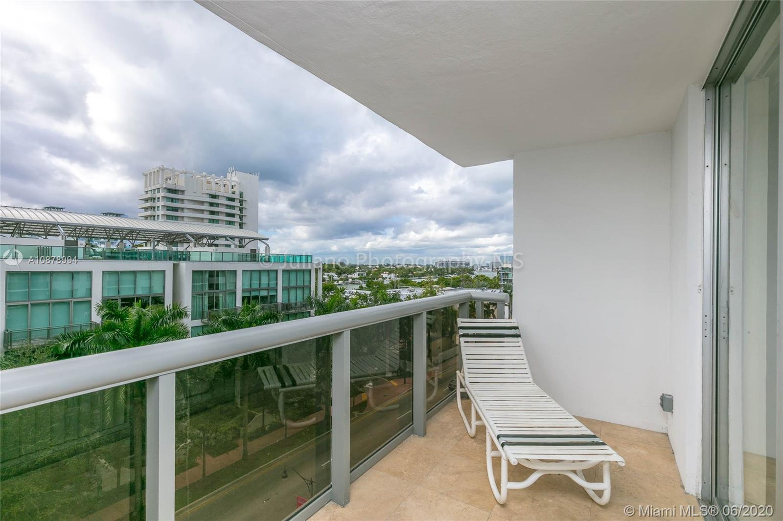 6039 Collins Ave #733 photo05