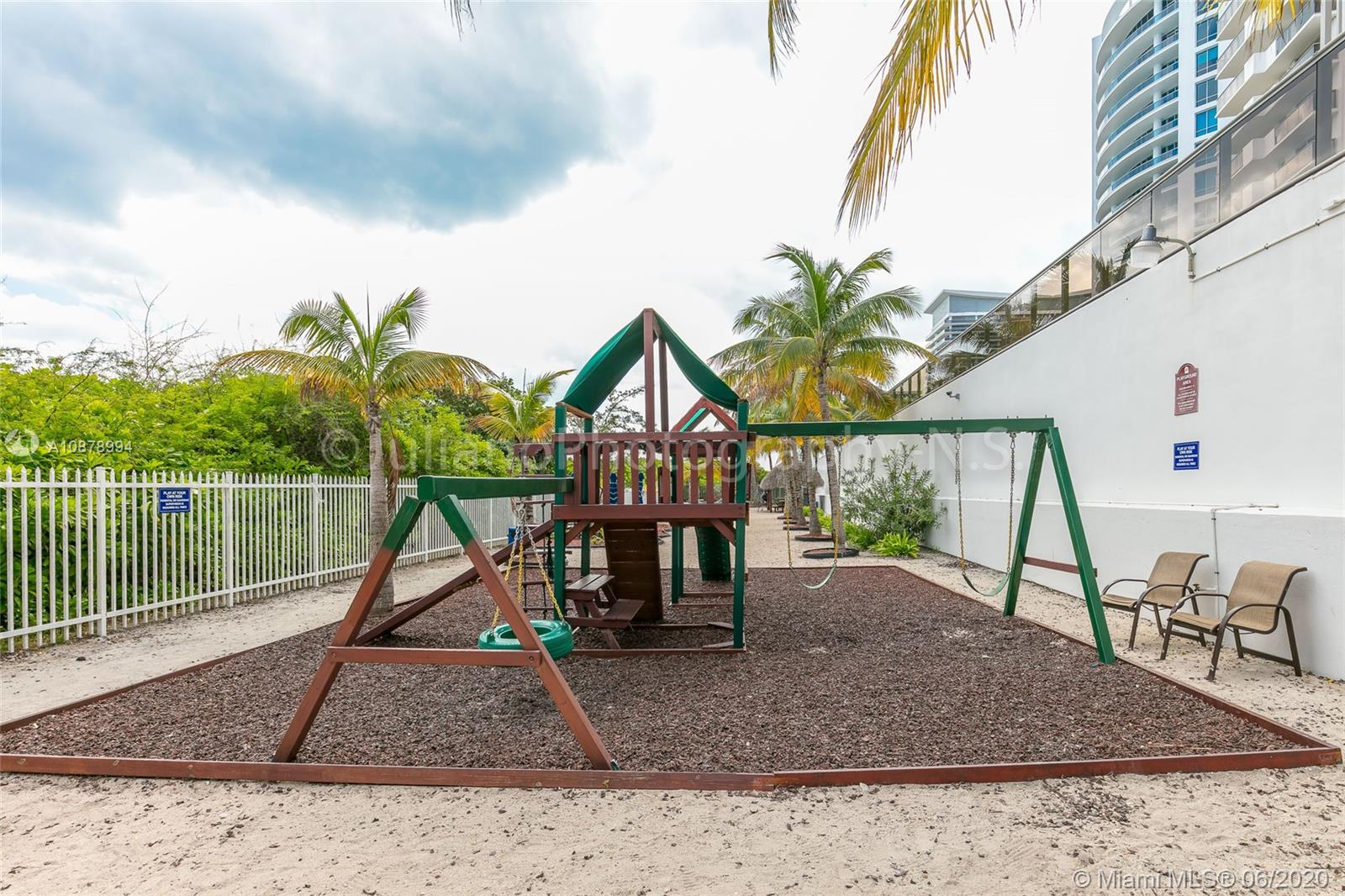 6039 Collins Ave #733 photo035