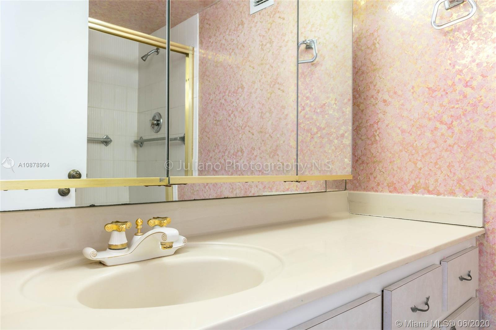 6039 Collins Ave #733 photo021
