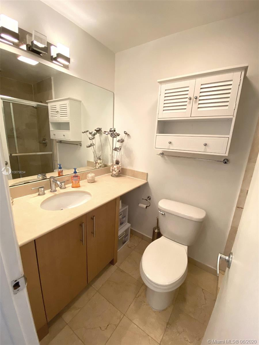 10275 Collins Ave #108 photo09