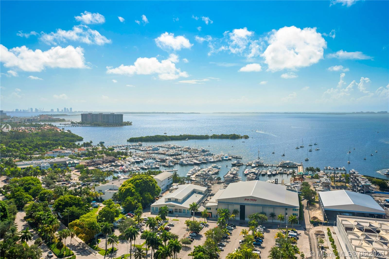Photo of 2669 S Bayshore Dr #2001N listing for Sale