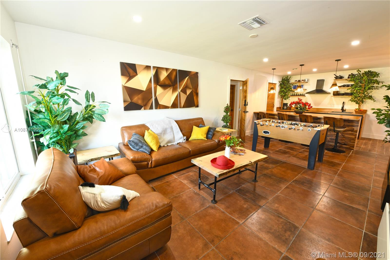 Property for sale at 1740 NE 49th St Unit: 1111, Fort Lauderdale,  Florida 33334
