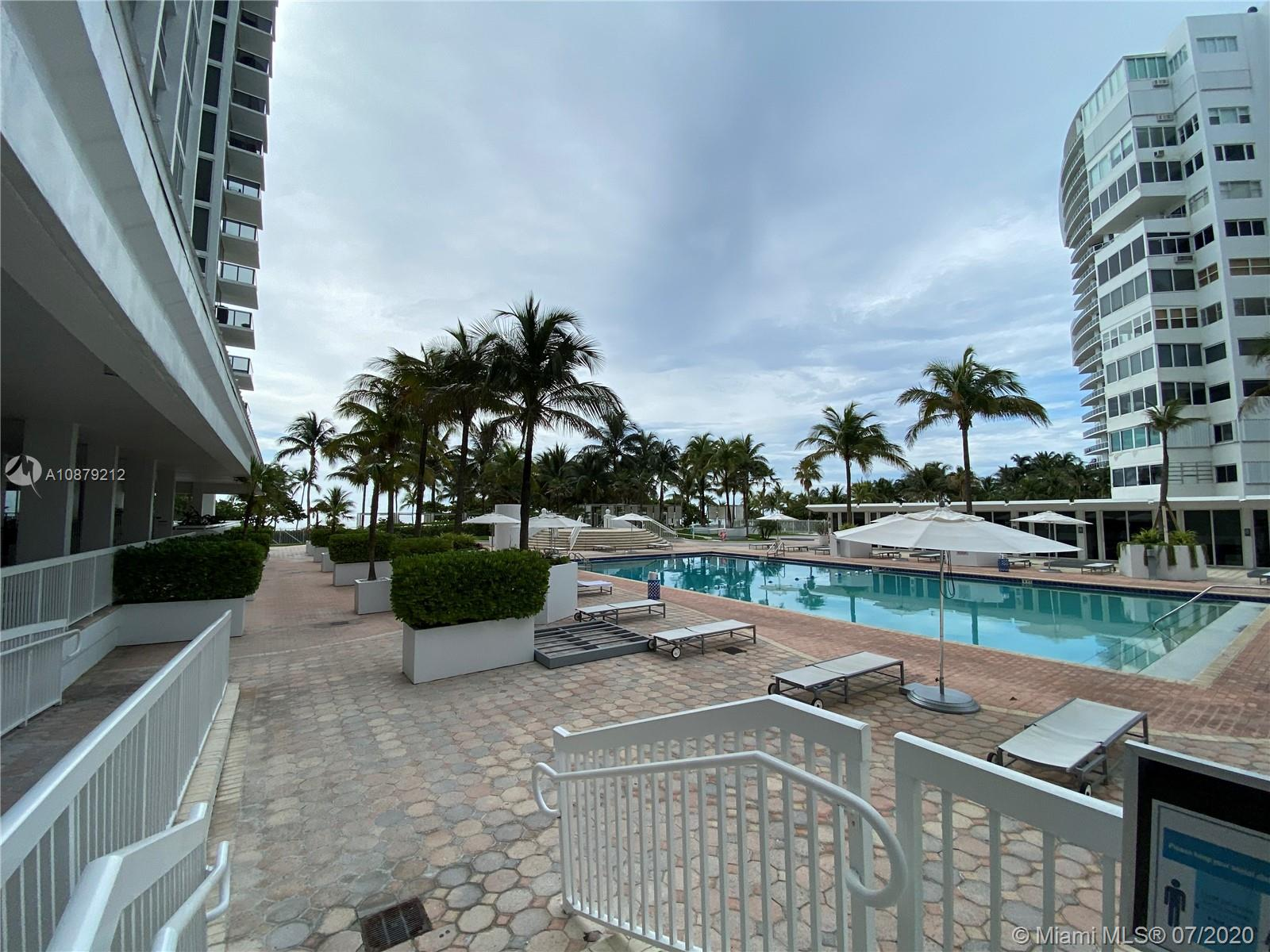 10275 Collins Ave #829 photo02