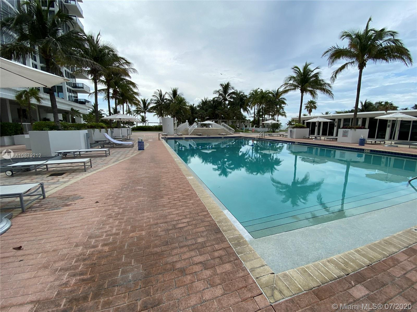 10275 Collins Ave #829 photo03
