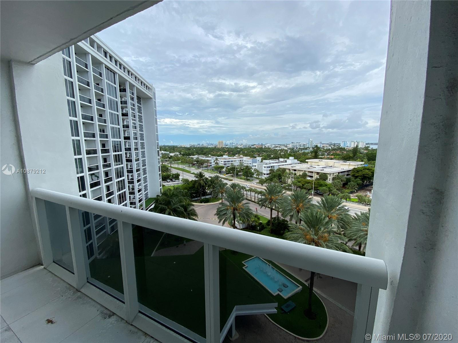 10275 Collins Ave #829 photo09