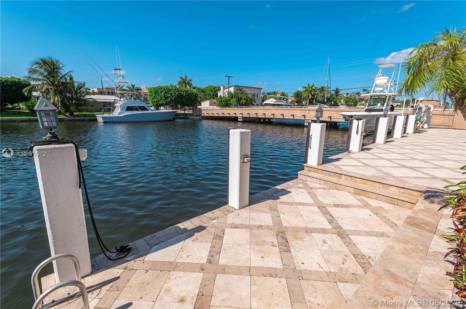 Lauderdale Harbors # - 40 - photo