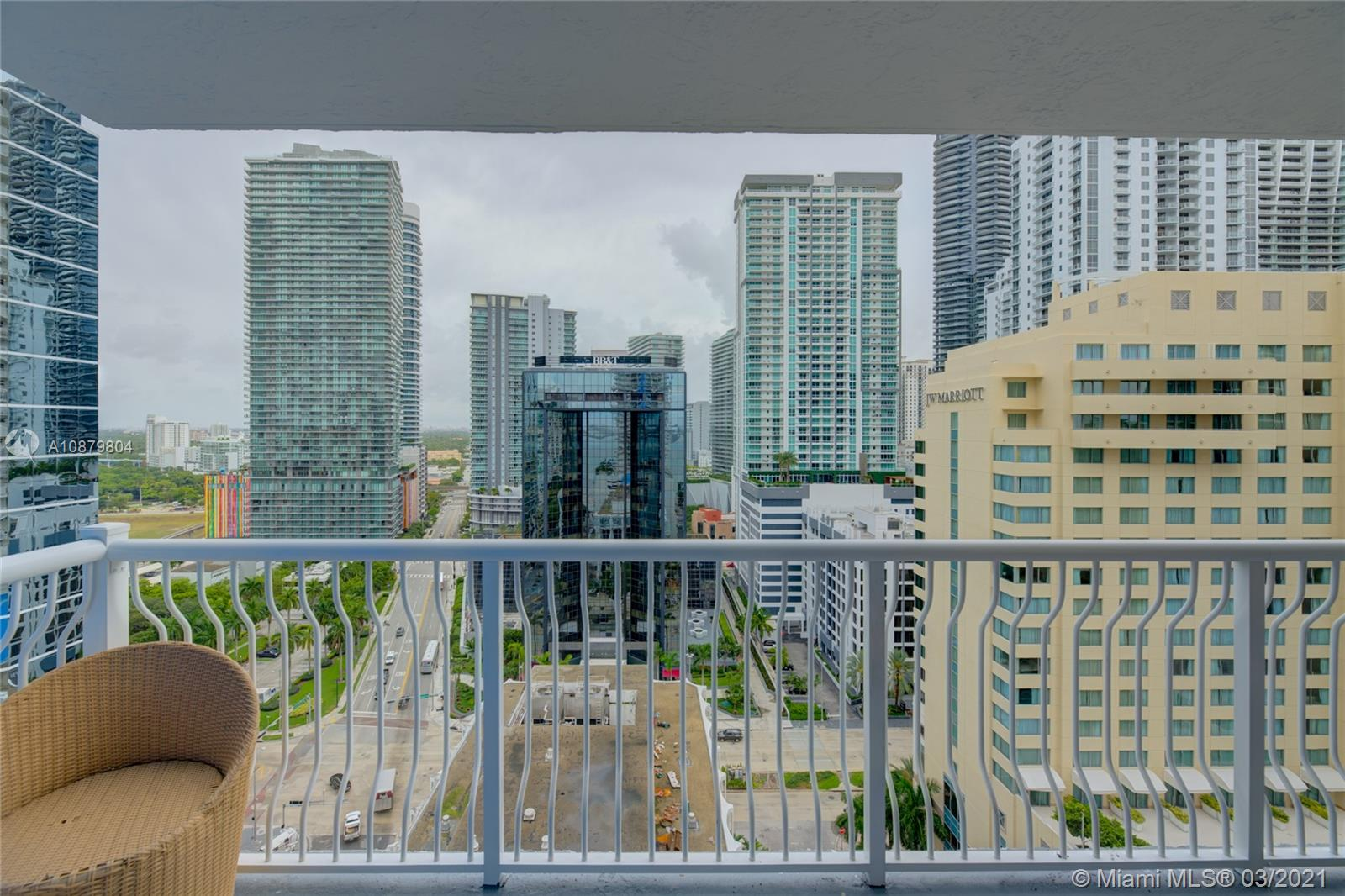 Club at Brickell #2224 - 1200 Brickell Bay Dr #2224, Miami, FL 33131