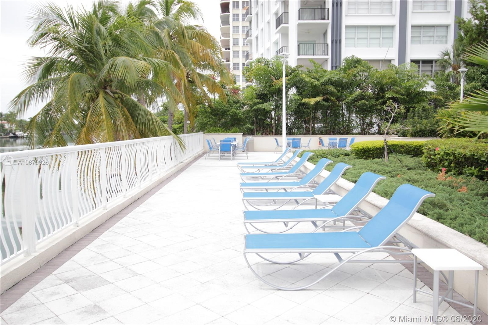 5600 Collins Ave #4J photo027
