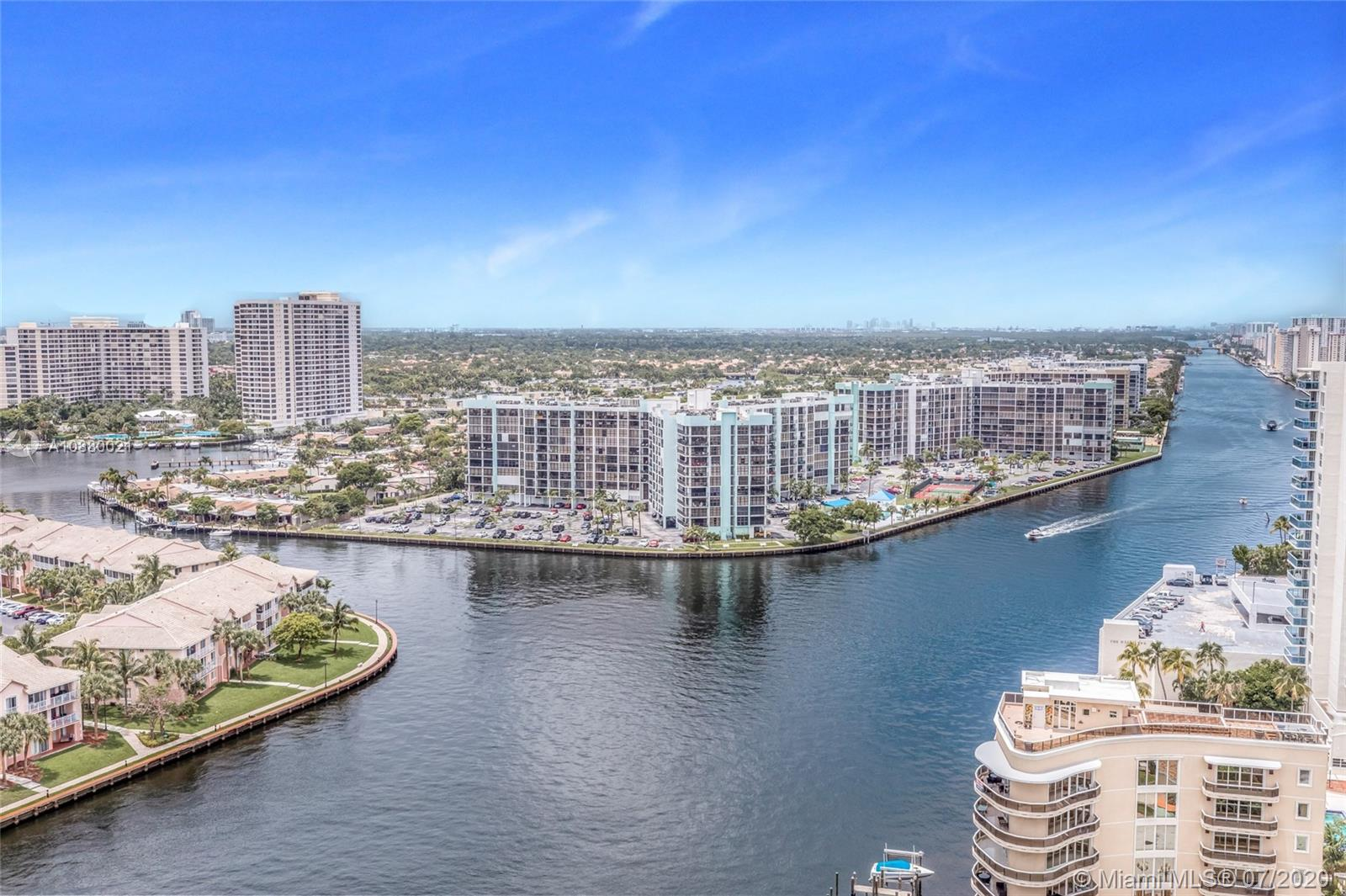 Photo of 4010 S Ocean Dr #R1601 listing for Sale