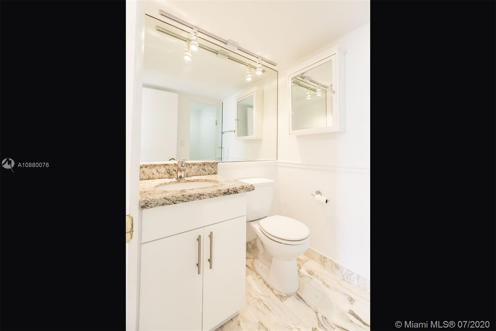 6423 Collins Ave #1509 photo013