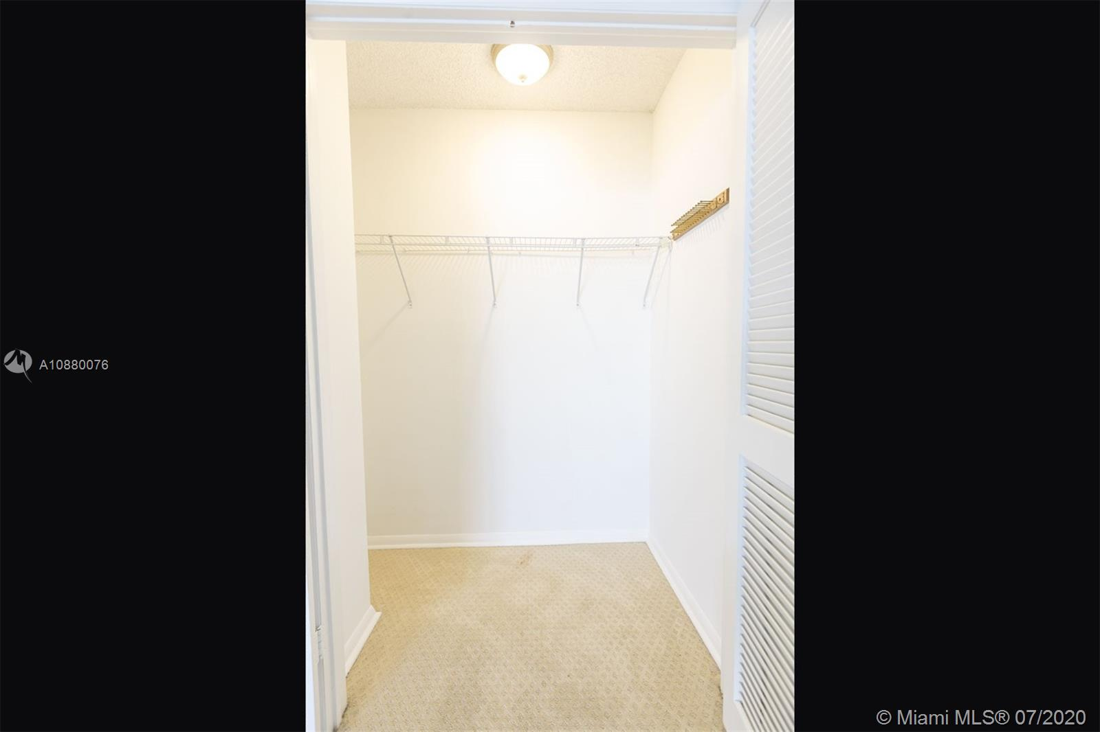 6423 Collins Ave #1509 photo026