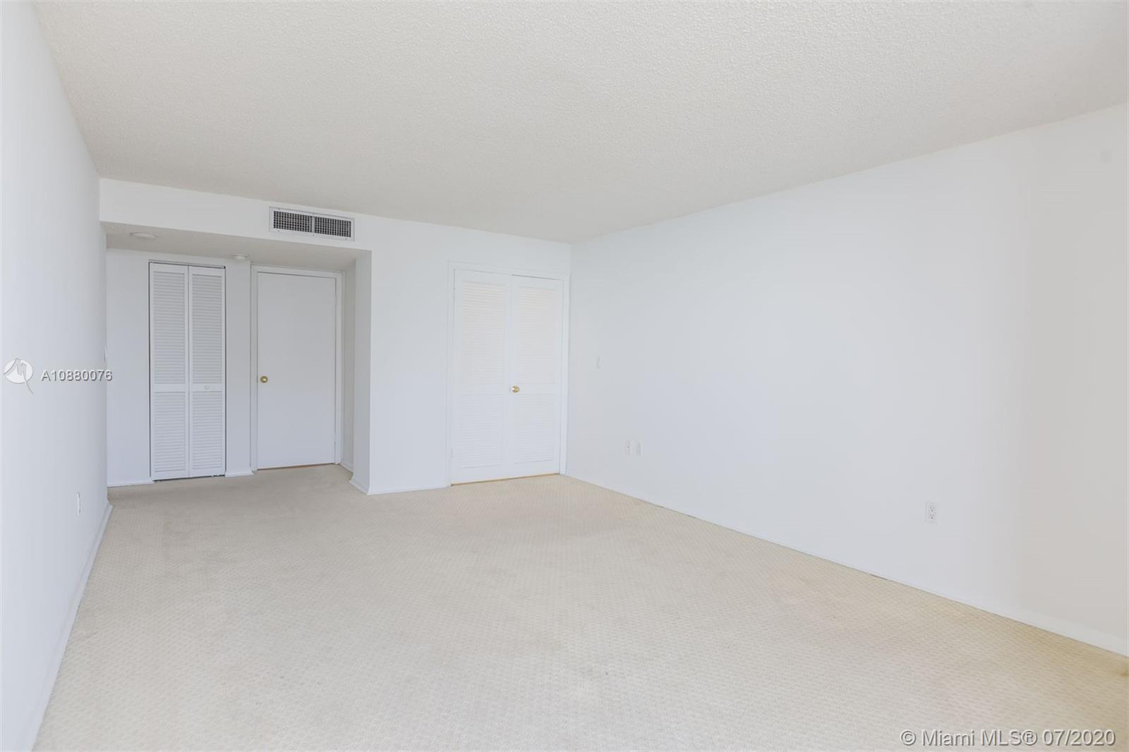 6423 Collins Ave #1509 photo024